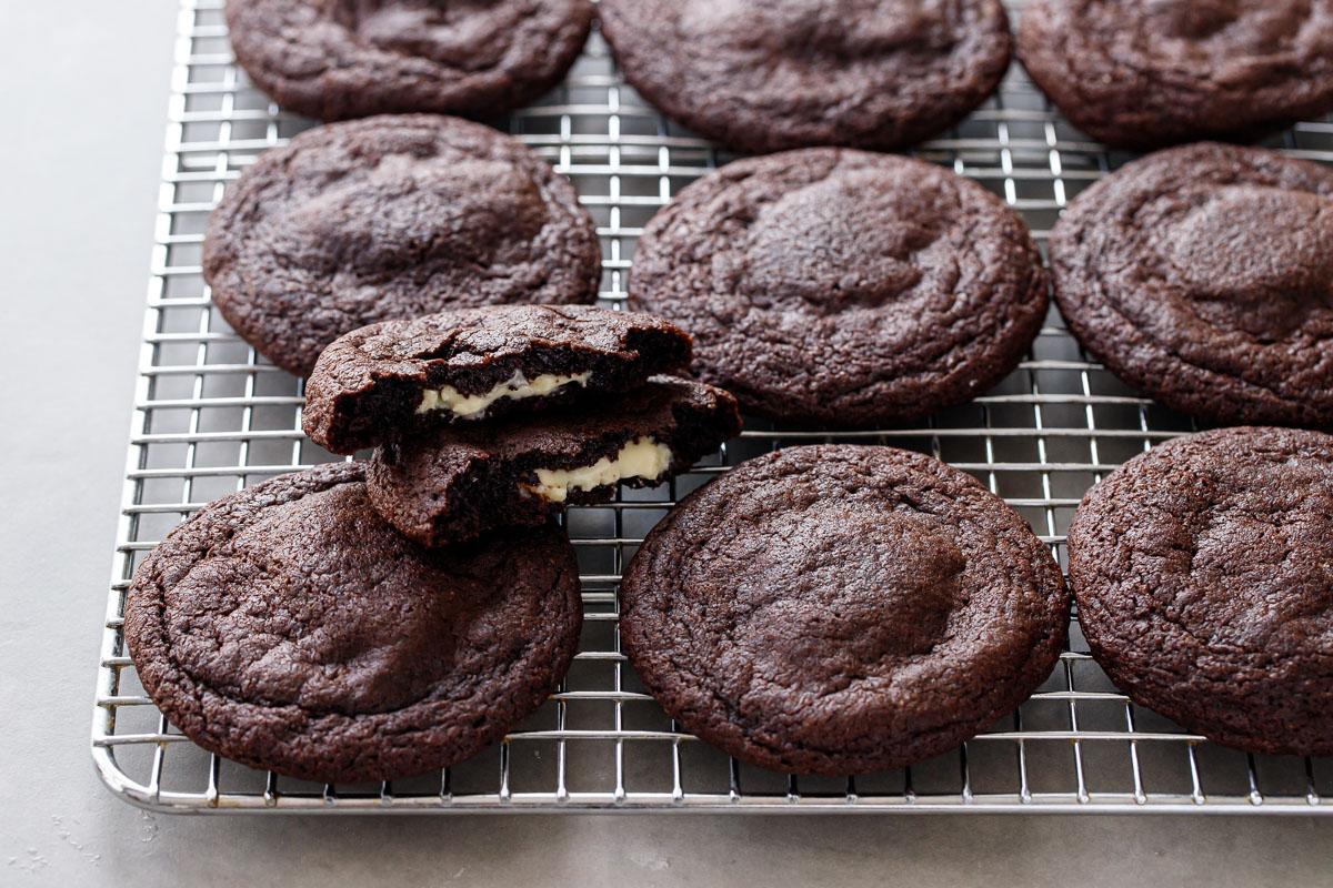 cream-filled chocolate cookies recipe
